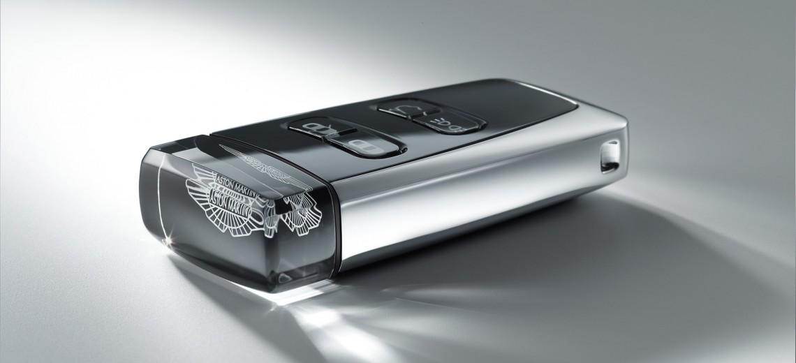 2011-aston-martin-rapide-luxe-08