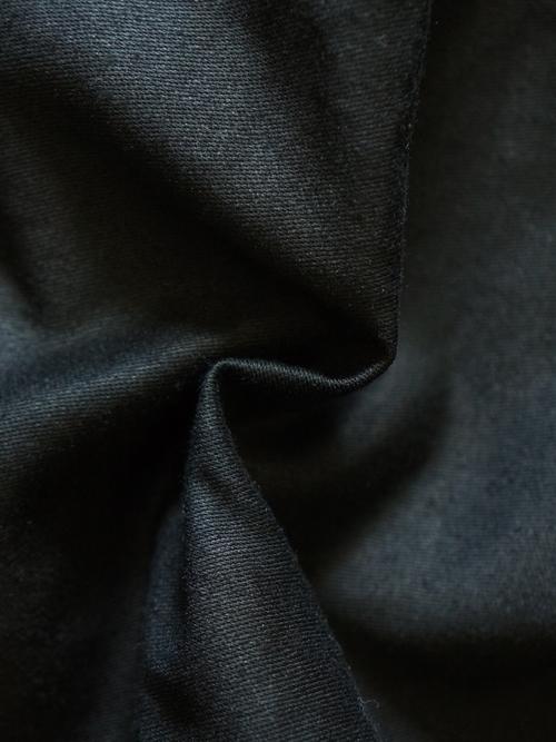 1051810001 BLACK item 18
