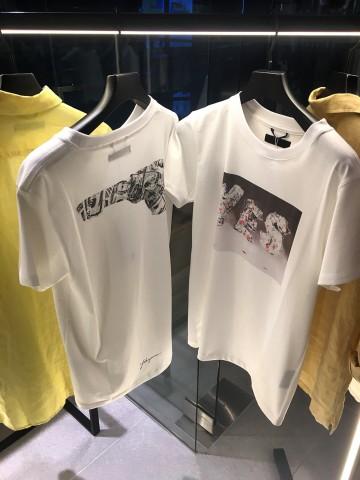 「YES」の絵画がお好きでしたら、T-SHIRTSバーションもございます。とても気心地いいシャツです。¥15,000+tax