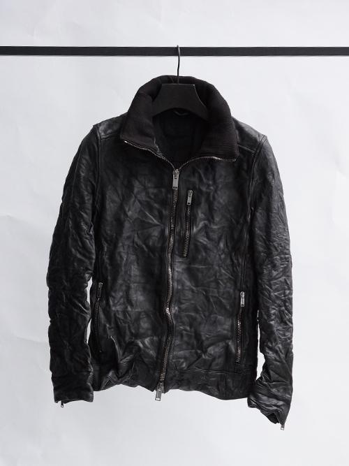 1020000001 BLACK item 1