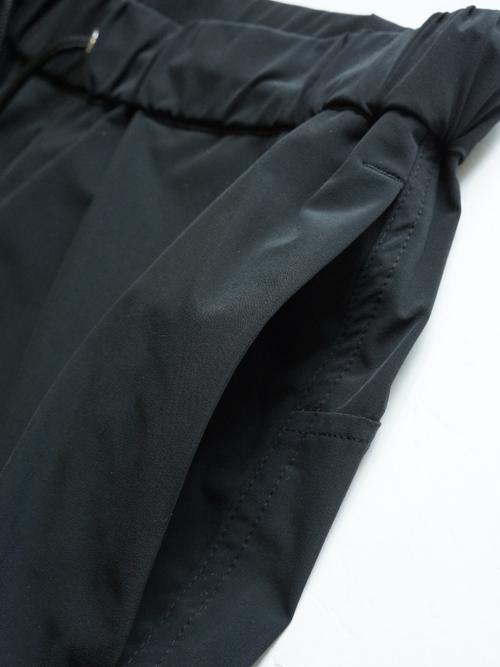 1071910008 BLACK detail 5