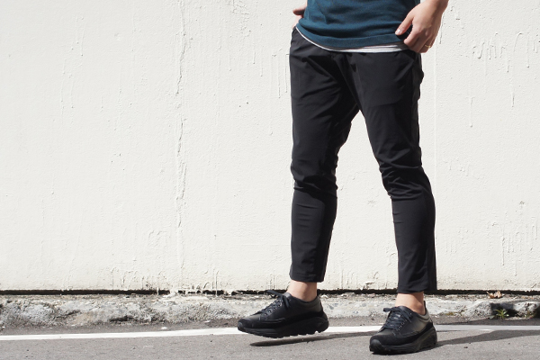 EASY TUCK PANTS BLK style zoom 3