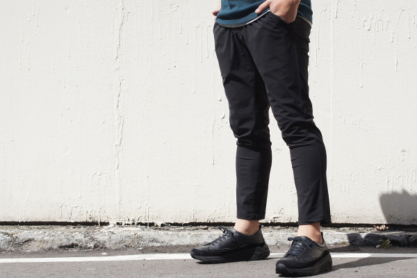 EASY TUCK PANTS BLK style zoom 4